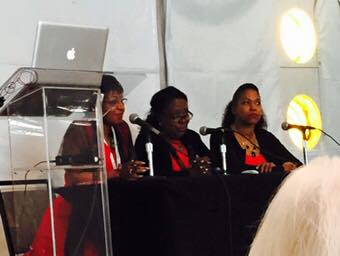 Bernice Alexander Bennett, Angela Walton-Raji, and me during the Reaching Out, Reaching In panel.